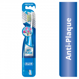 Oral-B Pro-Expert CrossAction Toothbrush - Medium
